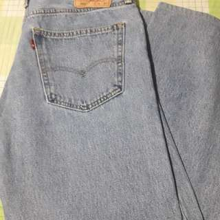 Levis 505 (Straight Fit)