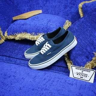 Vans authentic blue