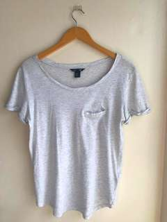 H&M White Round-Neck Tee