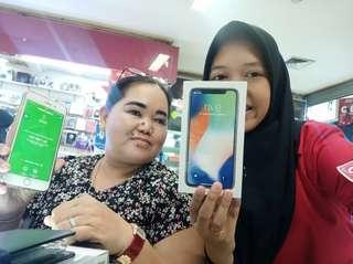 Apple iPhone X 256GB [Bisa Cicilan Tanpa CC]