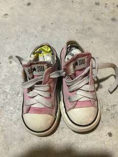Converse Kids size 7UK