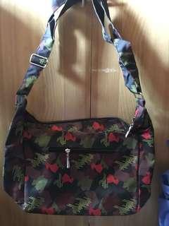 Cose Body Bag