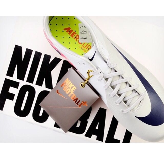 huge selection of 7d50f f7226 2011 Nike Mercurial Vapor Superfly III Football Boots FG ...