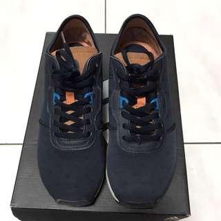 🚚 Adidas Originals ZX 700