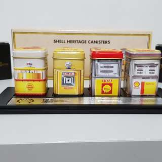 LIMITED EDITION Heritage Tin with display set and keychain