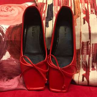 Red ballerina (flat) shoes by bowbow