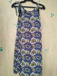 Dress free yung isang top at blazer