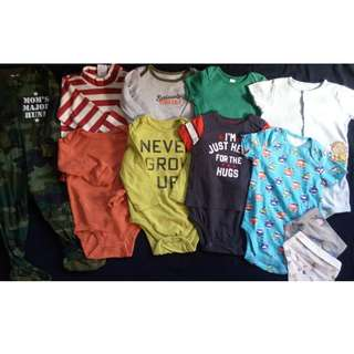 Set of Preloved baby boy clothes Onesies frogsuit and bibs 12-24 months
