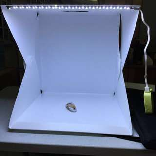 Brand New 40cm Portable Lightbox with built in LED Light and carrier zip bag For Food Fashion Amulet Figurine Watch Photography