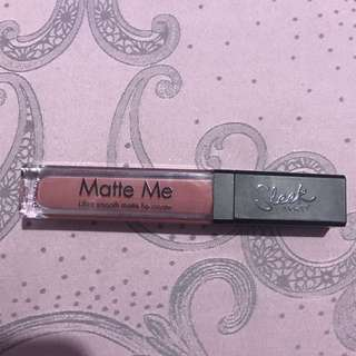 Sleek Matte Me Lip Cream / Lipstick Birthday Suit