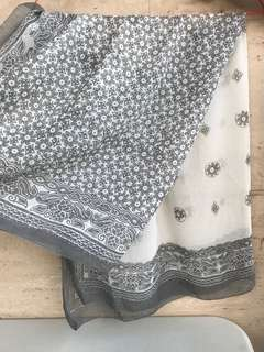 Two Toned Grey-White Scarves
