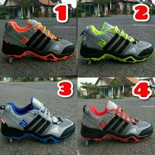 Sepatu adidas AX2 GROTEK