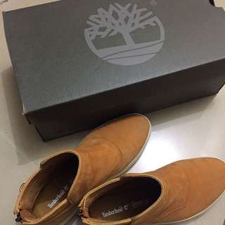 Timberland High Cut Boots / Sneakers [REDUCED]