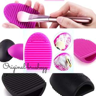 Brushegg silicone cosmetic makeup brush cleaner brushes pink black c