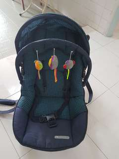 PL BABY ROCKER CHAIR
