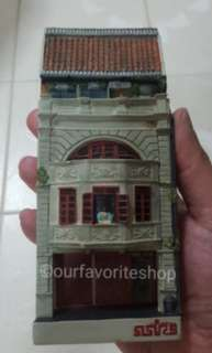 Vintage New Bridge Rd Resin Shophouse Display Decor