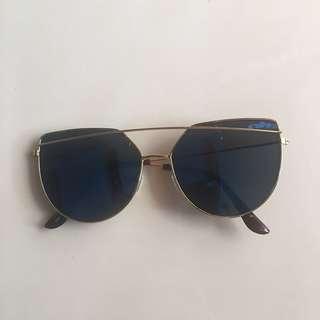 Blue Reflective Lens Sunglasses