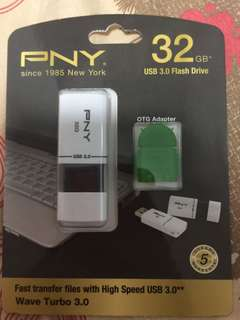 PNY 32 GB USB 3.0flash drive  with OTG adapter