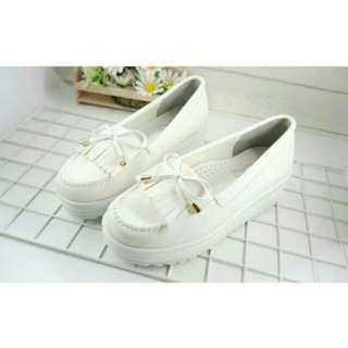 白色莫卡辛流蘇蝴蝶結厚底鞋 樂福鞋 懶人鞋 鬆糕鞋