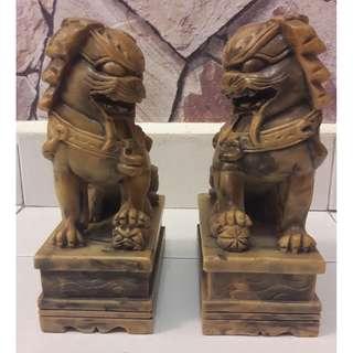 Vintage marble Foo dogs (pair)