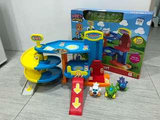 Baby wheels airport toy with spiral ramp, elevator and carpark