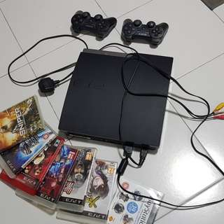 Playstation 3 PS3 Play Station 3 160gb in good working condition.