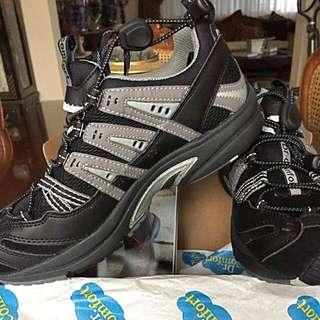 Dr. Comfort Performance Therapeutic Men's Shoes