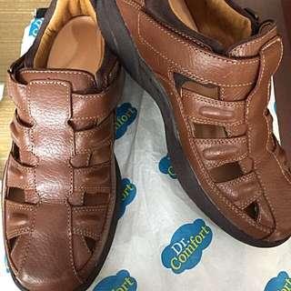 Dr. Comfort Therapeutic Men's footwear