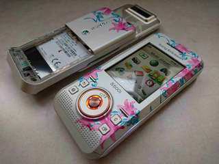 SonyEricsson S500 Jemma Kidd Floral Edition_100% NEW_Unique Collection