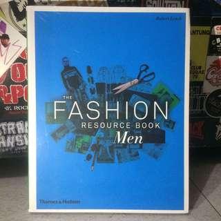 The FASHION Resource Book Men penerbit Thames & Hudson #Books #menfashion #fashion #thefashionresource