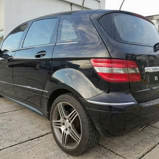 Mercedes Benz B170 panoramic 2009 hitam metalik