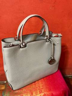 Michael Kors Anabelle Leather Tote (Pearl Grey)