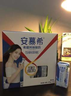 安慕希 An Mu Xi Yogurt Drink