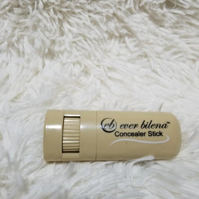 Ever Bilena Concealer in Medium Shade