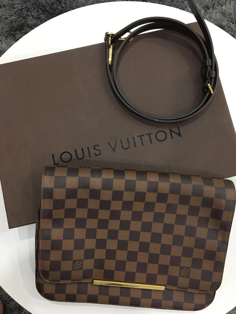 93e4d14d599 Louis Vuitton Ebene Hoxton GM (💯Authentic)