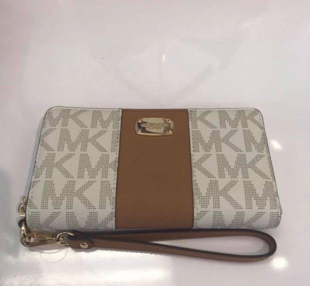 5623fcc0761808 Michael Kors phone case wallet, Women's Fashion, Bags & Wallets on ...