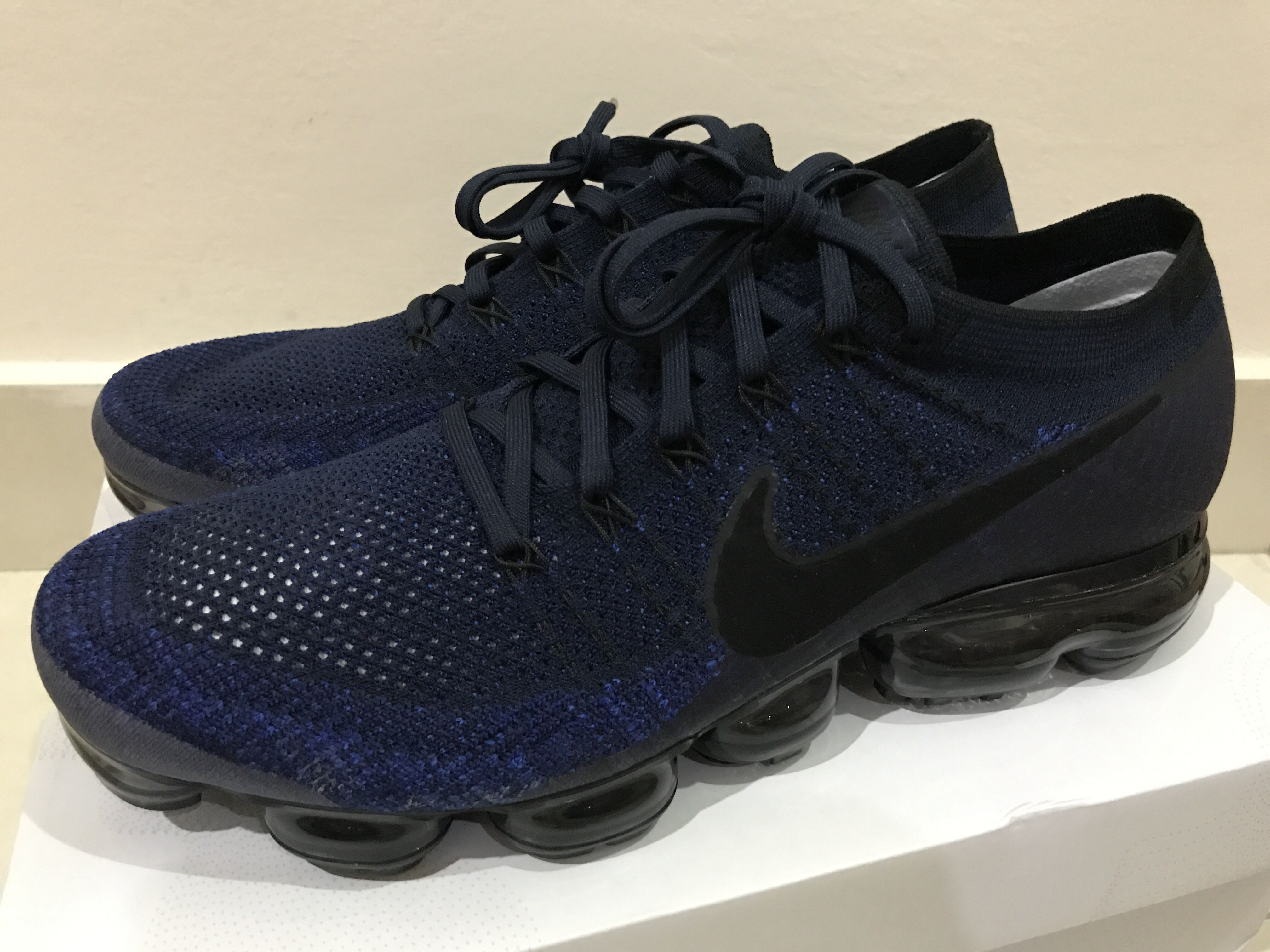 978489269389e Nike Air Vapormax midnight navy, Men's Fashion, Footwear, Sneakers on  Carousell