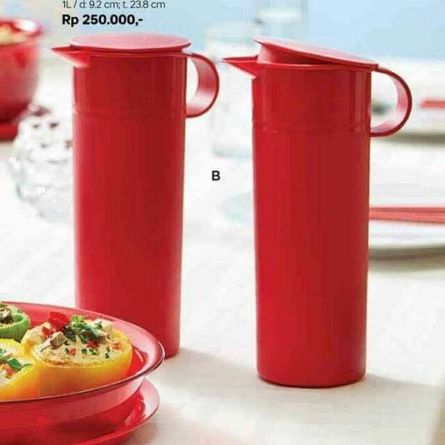 Tupperware red