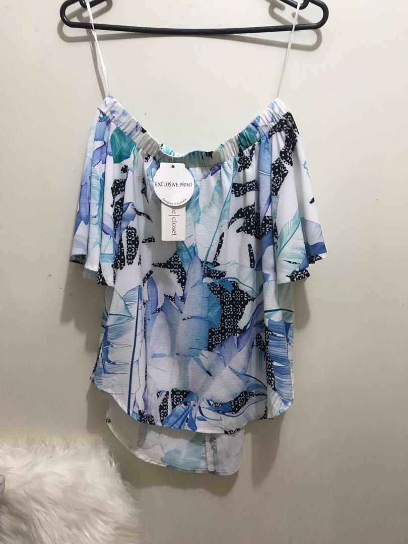 White Closet Off Shoulder Top | Size 6