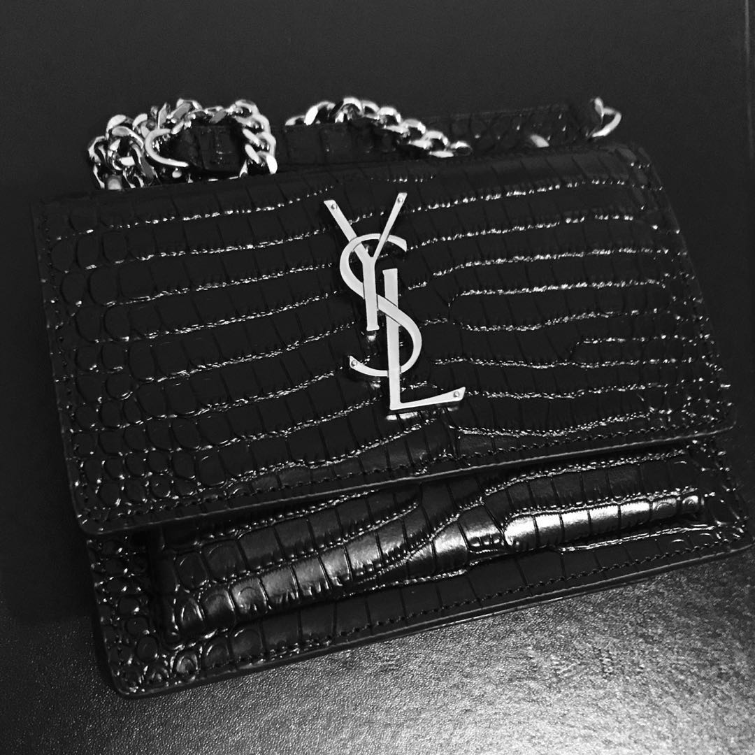 YSL sunset chain wallet in black crocodile embossed shiny leather ... 506f4ff11c086