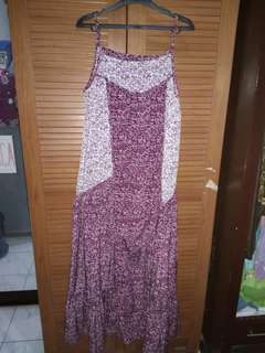 Long dress motif ungu