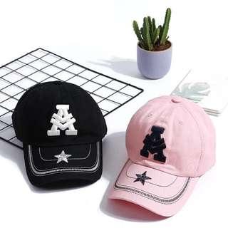 $150二頂 純棉布 透氣 帽子 刺繡A字母 棒球帽 情侶 鴨舌帽 男女能戴!推薦!