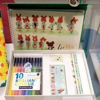 LCX 小熊學校 The Bears' School 文具套裝 Staedtler 10色水彩筆+畫簿+鉛筆+擦膠+Sticker Tag