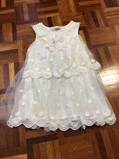 GIRL's dress3-4years
