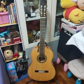 Tomanica classical guitar