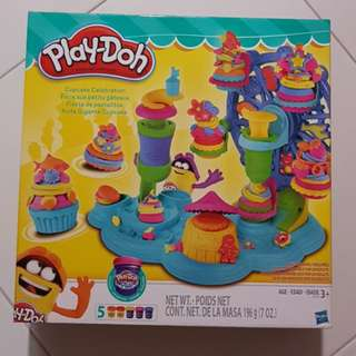 Play Doh Cupcake Celebration