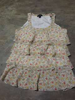 sleeveless blouse(NEVER BEEN USED)