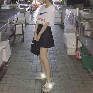 高腰黑色百褶裙(有安全褲)