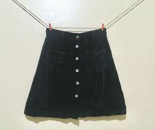 Buttondown Skirt - Black