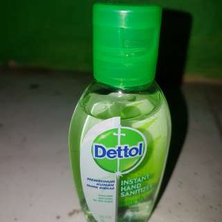 Instant Hand Sanitizer refresh with aloe vera